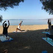 Yoga 250x188